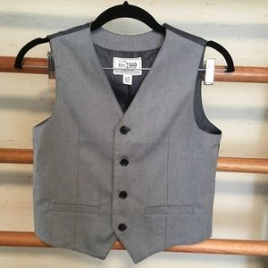 Children's place formal vest, size 10-12